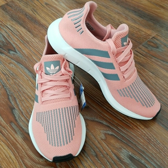 9901b2589 Adidas originals 9 swift run w pink  grey cg4139